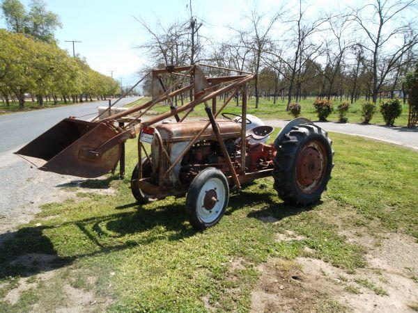 Ford 9n Loader : Ford n dearborne loader