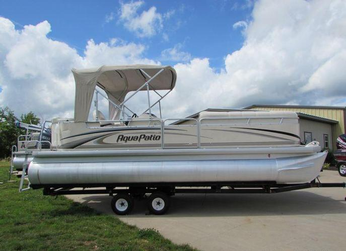 A 2004 Godfrey 220 RLE Pontoon