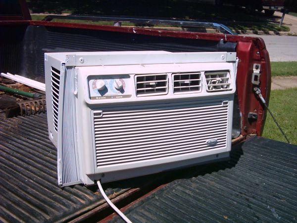 a c window unit w heater broken arrow for sale in tulsa oklahoma classified. Black Bedroom Furniture Sets. Home Design Ideas