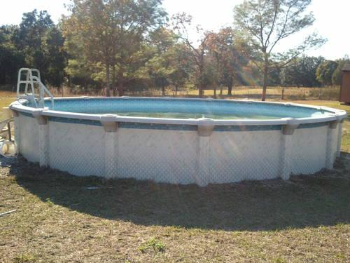 Above Ground Pool with Extras