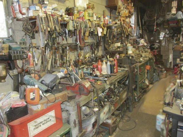 ABSOLUTE LIVE ESTATE AUCTION - TOOLS, TRACTOR