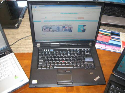 Acer Laptop Model 9410, 17inch, Webcam, Win7 Dvd