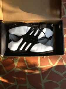 Adidas Torsion Stripe golf shoes size 12 - $40 Taylors