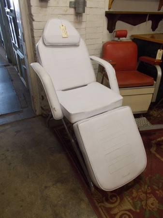Adjustable Tattoo Chair For Sale In Greenwich Pennsylvania Classified