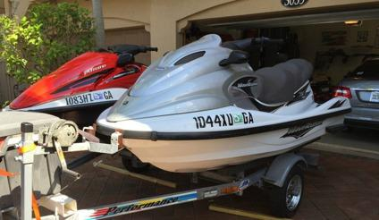 aevb 2006 HONDA AQUATRAX TURBO 3 SEATER,,, AND 2001 YAMAHA XL1200 WAVERUNNER 3 S