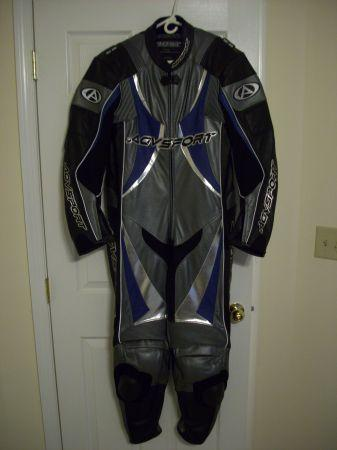 AGV leather racing suit 46 - $350 (Inwood WV)