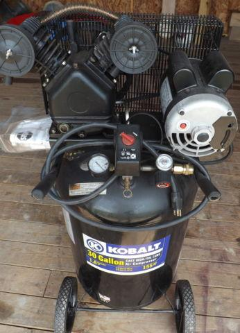Air Compressor, Kobalt 221495, 30 Gallon, 155 psi