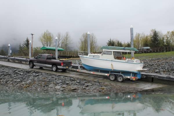 albin 25 pocket trawler   25 foot 1978 albin boat in fairbanks ak