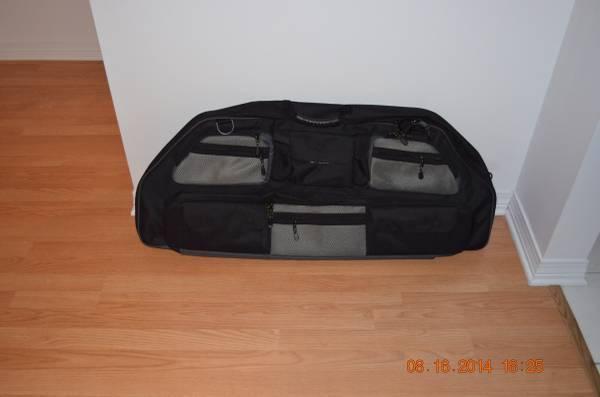 Allen Company Gear Fit X Compound Bow Case Grey Black