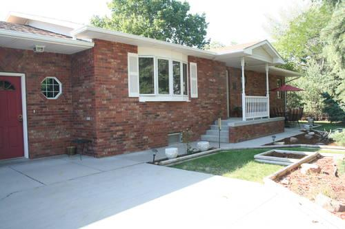ALLIANCE NE Gorgeous custom brick ranch home 4 bdrms 3