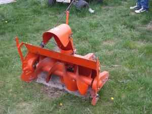 Allis Chalmer Snow Blower - $100 (White)