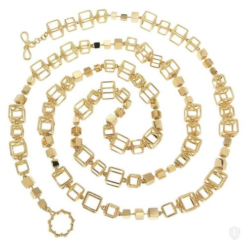Alternating Large and Small Gold Cube Links Necklace