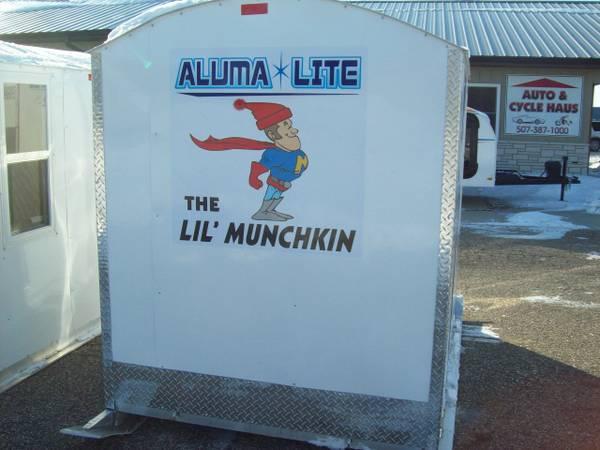 Aluma lite seafood home for sale in mankato minnesota for Alumalite fish house