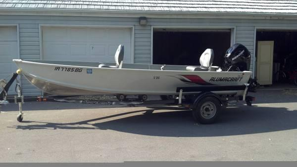 Alumacraft fishing boat for sale in west des moines for Fishing boats for sale in iowa