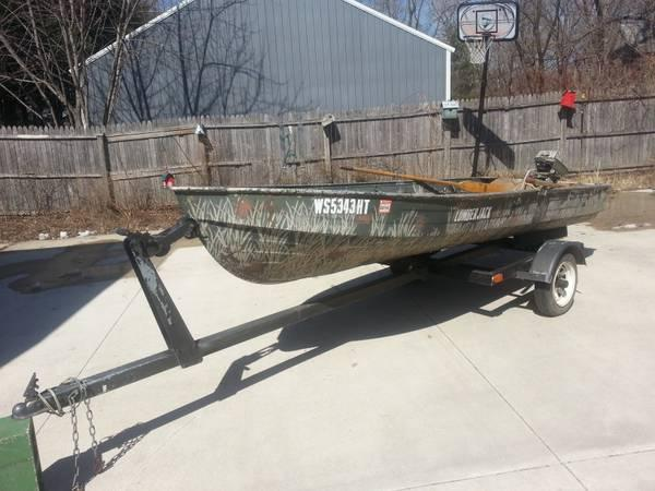 Aluminum boat 13 5 39 motor and trailer ready for the for Best aluminum fishing boat for the money