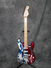 Aluminum Body Fender Stratocaster Limited Edition - $2800 mobile,al