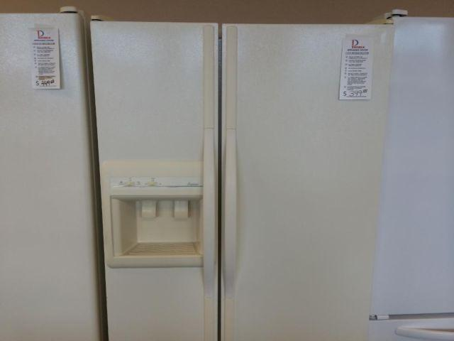 Amana Bisque Side By Refrigerator Freezer Used For
