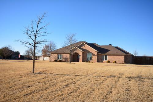 Amazing Home On 1 4 Acres In Highlan For Sale In