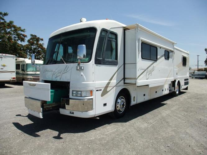 AMERICAN EAGLE 40' LUXURY DIESEL MOTORHOME 2 SLIDES!