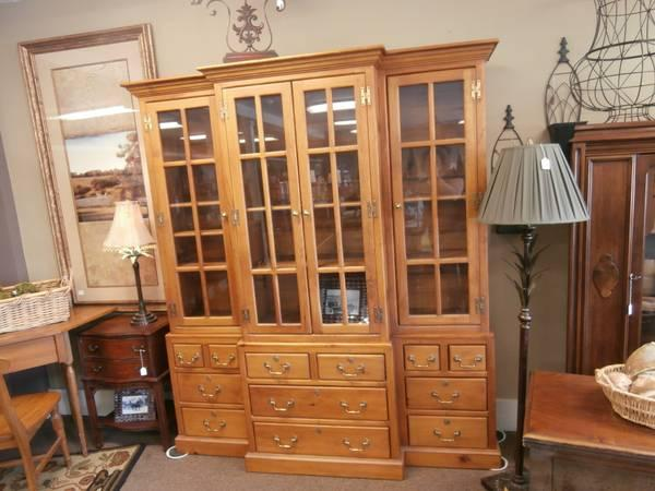 Amish Built Pine Cabinet For Sale In Rochester Minnesota
