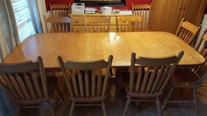 amish oak dining room table with 10 chairs each