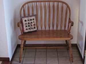 Amish Oak Bench - (Bangor) for Sale in Lacrosse, Wisconsin ...