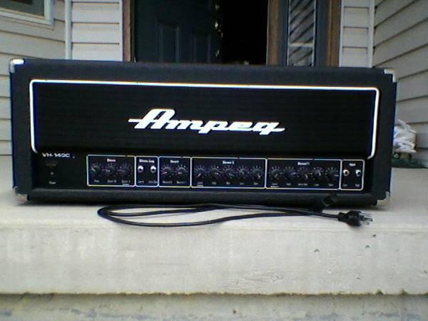 AMPEG VH140C GUITAR AMP HEAD - $450