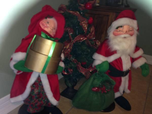 ANNALEE RARE Christmas dolls