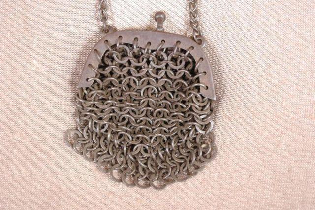 Antique 1930-1946 (Depression WWII) Chain Link Mesh Coin Purse for