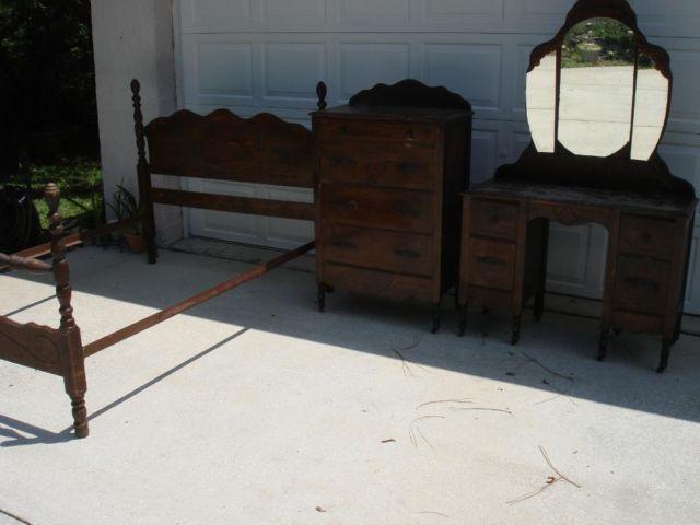 antique 1930 39 s bedroom set chest of drawers dresser w mirror bed fr for sale in brooksville. Black Bedroom Furniture Sets. Home Design Ideas