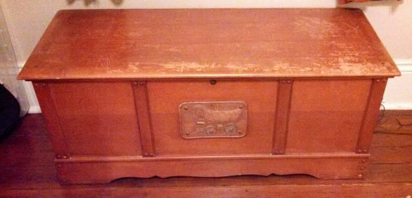 Antique 1941 Lane Cedar Trunk Chest Coffee Table For