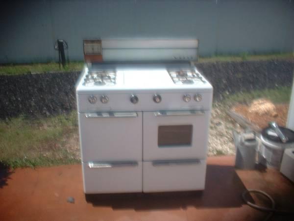 antique 1950's Tappan Vesta 5 burner gas stove  Great shape!! - $100