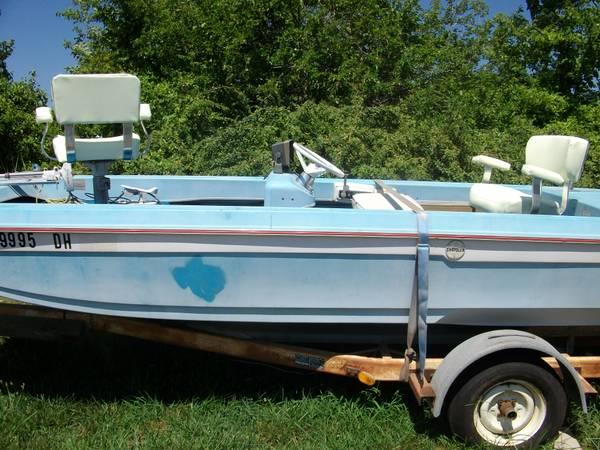 Antique 1973 chrysler bass boat for sale in hardy for Boat motors for sale in arkansas