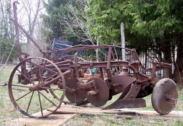 Antique 2 Bottom Plow  Buzzsaw - $325