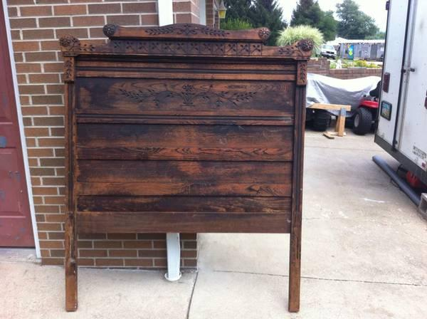 antique bed headboard footboard spoon carved full size bed no rails for sale in portsmouth. Black Bedroom Furniture Sets. Home Design Ideas