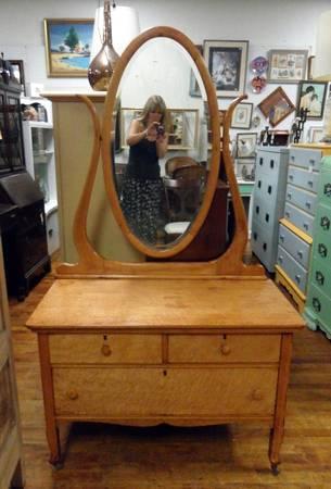 Antique Birdseye Maple Lowboy Quot Princess Quot Dresser With