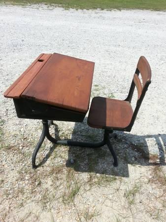 antique cast iron childrens school desk for sale in gulfport mississippi classified. Black Bedroom Furniture Sets. Home Design Ideas