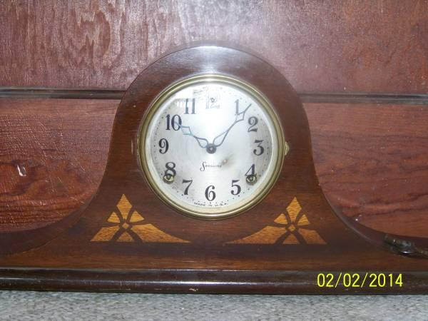 Antique clocks floor lamps for sale in mayville michigan for Antique floor lamp with clock