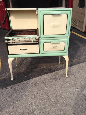 antique cribben sexton home gas stove from the 1920s or 1930s for sale in chicago illinois. Black Bedroom Furniture Sets. Home Design Ideas