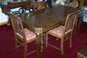Antique Dining Table Macomb Il 61455 For Sale In