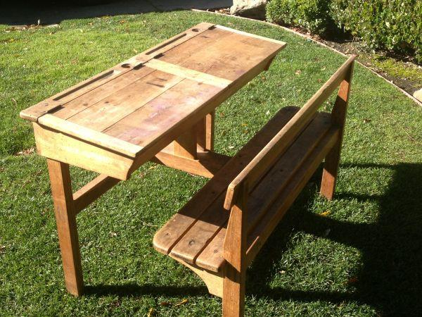 Antique Double Child's Desk side-by-side w/ Bench - - Antique Double Child's Desk Side-by-side W/ Bench - For Sale In