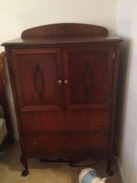 Antique Dresser Set  2 Piece Amazing Condition  Dresser