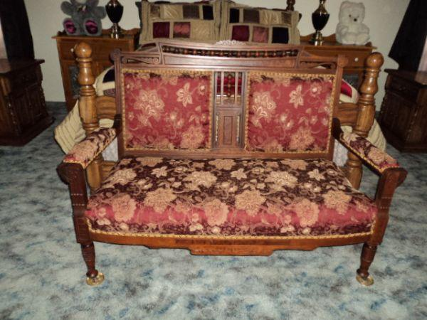 Antique Eastlake Settee Cottage Grove For Sale In