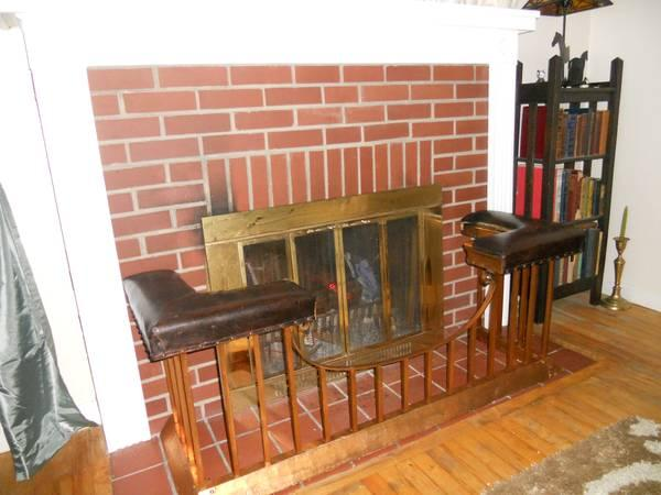 Antique English Fireplace Club Fender Seat Bench Fireplace Surround For Sale In Sewickley Pennsylvania Classified Americanlisted Com