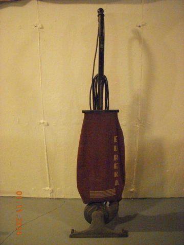 Antique Eureka Vacuum Cleaner 1920s For Sale In Saint