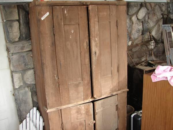 Antique Flat Wall Cupboard Primitive - $210 - Antique Flat Wall Cupboard Primitive - For Sale In Mineral Wells