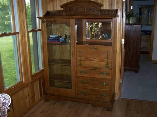 ANTIQUE GOLDEN OAK SECRETARY DESK CURIO CABINET MIRROR - ANTIQUE GOLDEN OAK SECRETARY DESK CURIO CABINET MIRROR 3 DRAWERS For