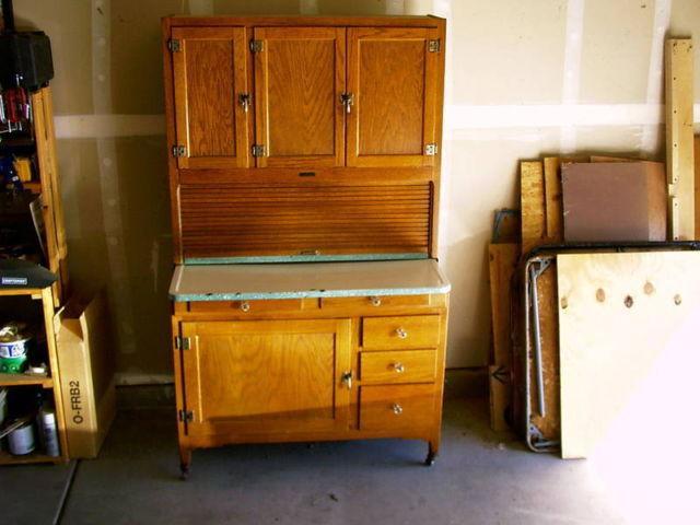ANTIQUE HOOSIER CABINET 1910's-1920's - ANTIQUE HOOSIER CABINET 1910's-1920's For Sale In Gilbert, Arizona