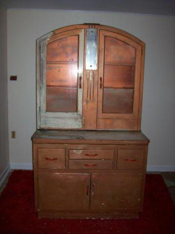 Antique Hoosier Type Cabinet With Bread Box And Pull Out