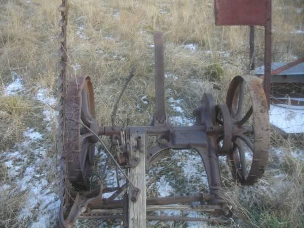 Antique horse drawn mccormick new big 4 sickle mower for for Vintage horseshoes for sale